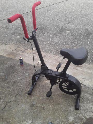 Vendo bicicleta ergométrica da caloi
