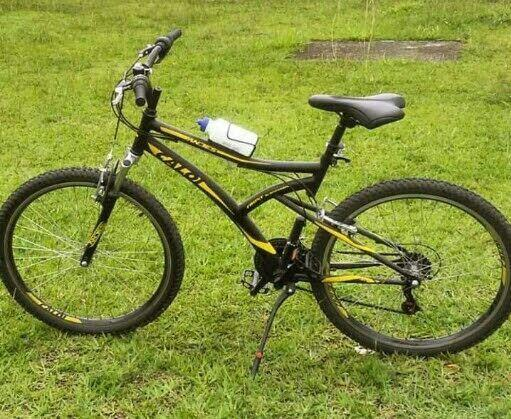Vendo bicicleta mtb caloi andes aro 26 semi nova