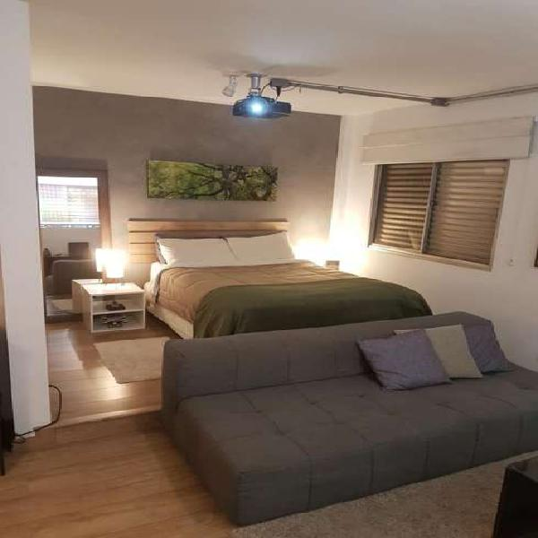 Apartamento studio reformado e mobiliado!