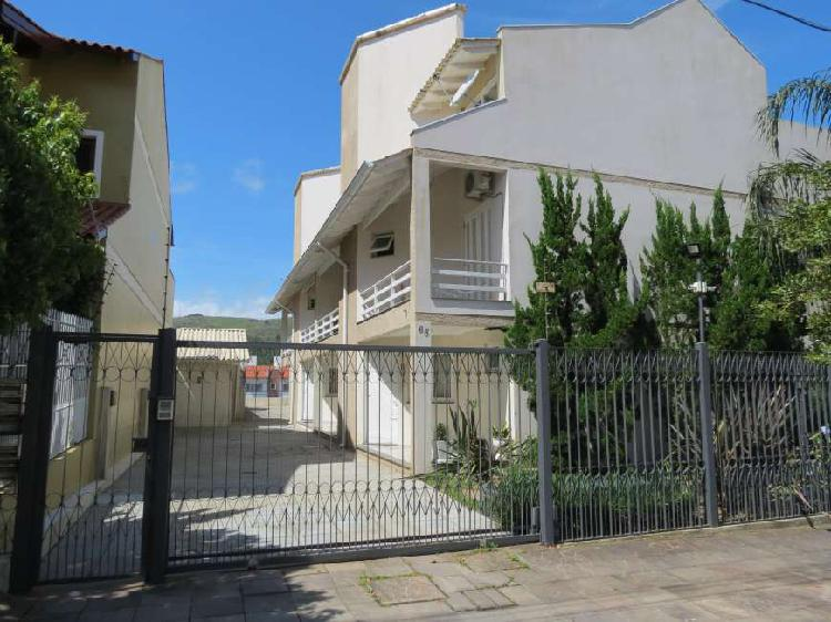 Casa de 143 metros quadrados no bairro aberta dos morros com