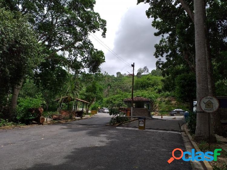 Venta de terreno en urbanización la entrada naguanagua