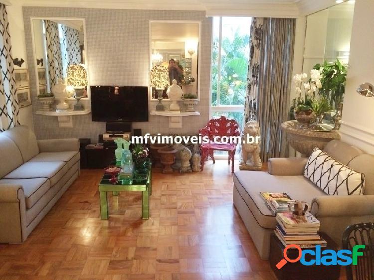 Apartamento de 3 quartos à venda na Rua Padre João Manuel