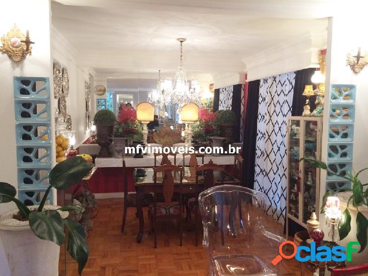 Apartamento de 3 quartos à venda na Rua Padre João Manuel 3