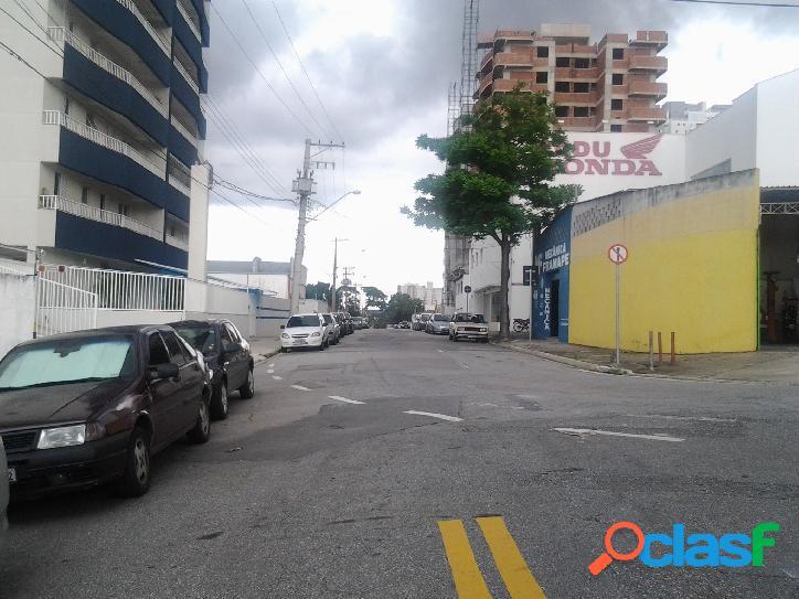 Ponto comercial area 450 m³ area construida 670 m² (03 pav