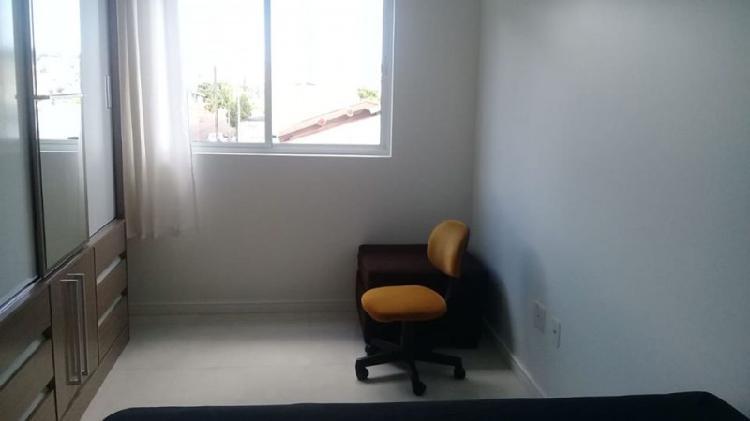 Aluguel quarto em apartamento