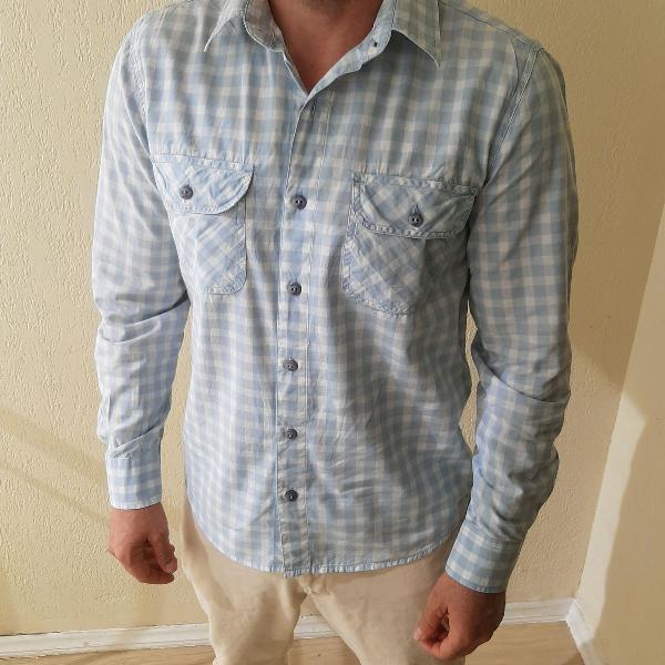 Camisa xadrez azul clara