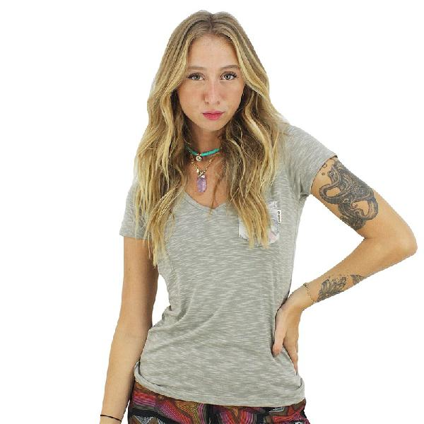 Camiseta rip curl lovin sky dusty green - surf alive