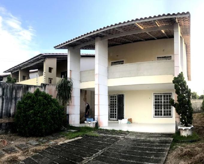 Casa duplex com 4 quartos, 5 vagas de garagem, sapiranga