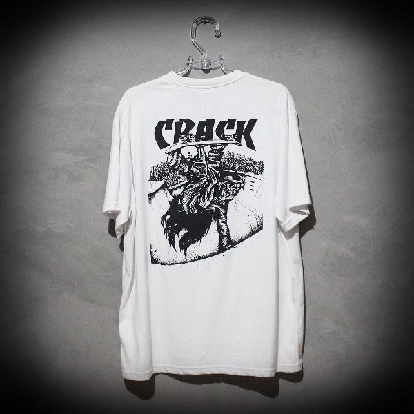 Camiseta rellik x crack skate
