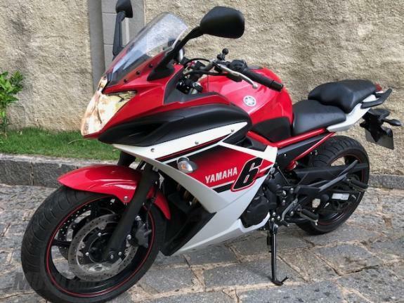 Yamaha - xj6 f