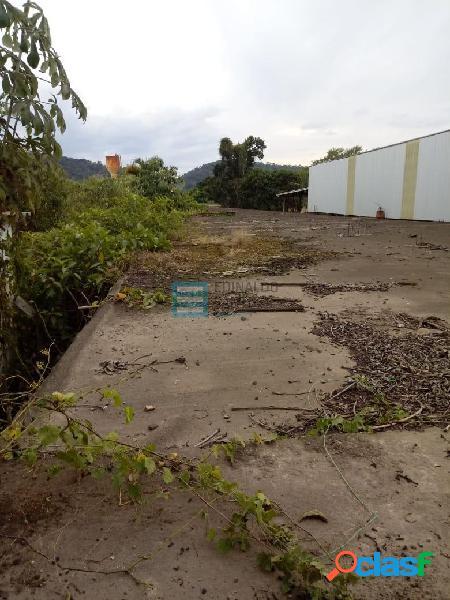 terreno comercial de 12x120mts com construção precisando de reforma 3