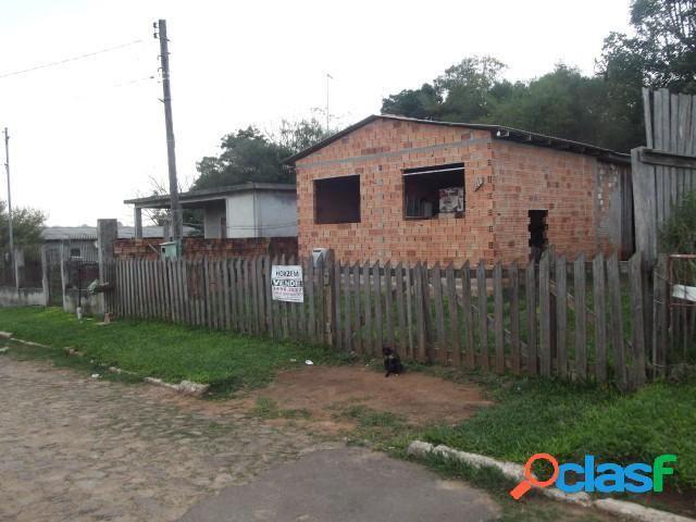 Casa mista inacabada, (03) dormitórios, rua calçada, estalagem, viamão