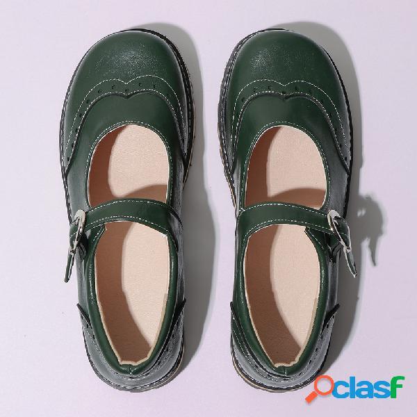 Tamanho grande rodada toe fivela plana casual sapatos