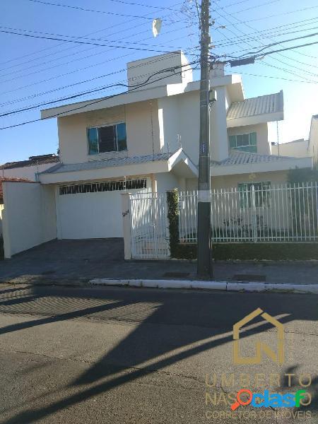 Linda casa a venda no bairro vila real em balneário camboriú sc