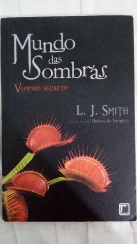 Livro mundo das sombras - 10 reais