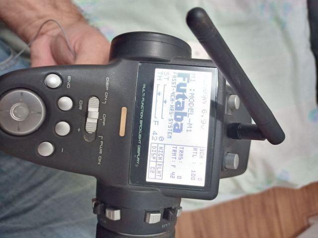 Rádio futaba automodelo 4pk com receptor e bateria semi