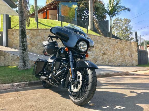 Harley-davidson - street glide special