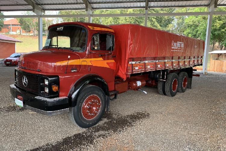 Mb1518 mercedes benz - 89/89