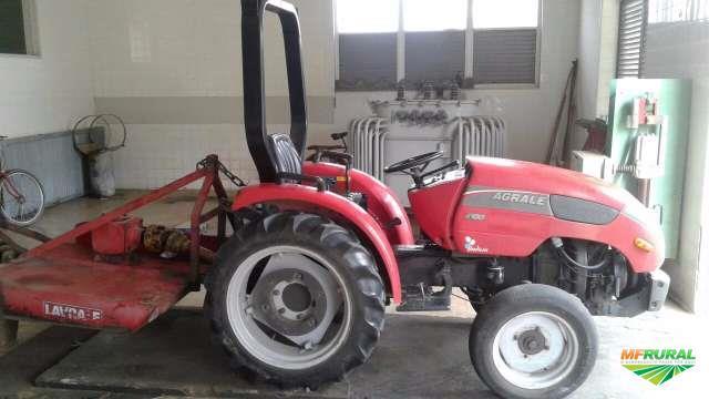 Trator agrale 4100 4x4 ano 10