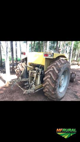 Trator cbt 2600 4x2 ano 86