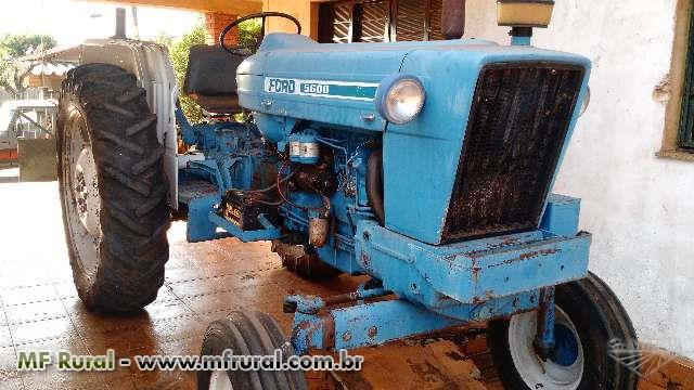 Trator ford/new holland 5600 4x2 ano 84