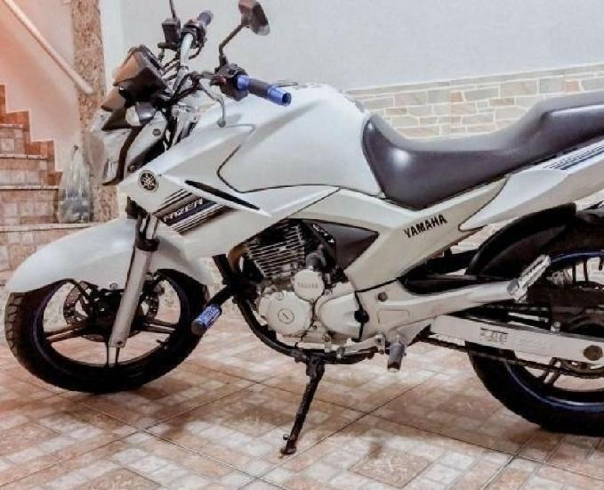 Yamaha fazer 250cc a vista ou parcelado