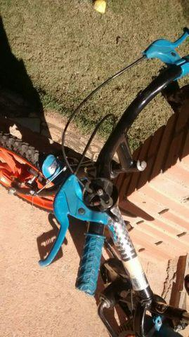 Bike infantil hotwheels caloi