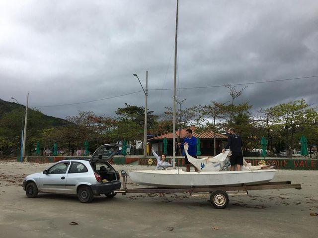 Carreta de encalhe barco veleiro
