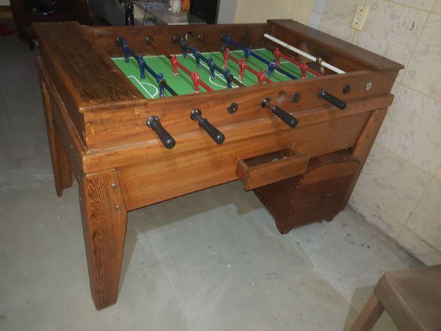 Mesa de pebolim(totó) usada