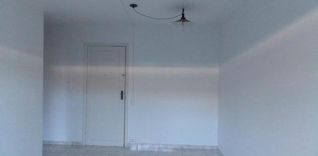 Apartamento dormitório 1 vaga de garagem 48 m² de área
