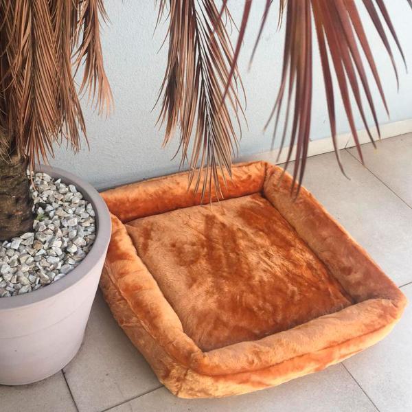 Cama quadrada de pelúcia para cães e gatos macia p