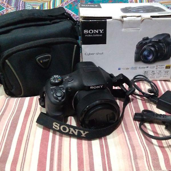 Câmera sony digital.