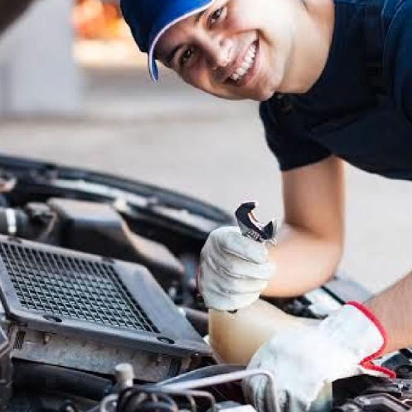 Curso mecânico e especialista em motores