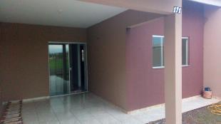 Vendo direitos de casa com 2 quartos, sala e cozinha