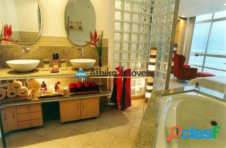 Apartamento 3 quartos transformados em 2 - Frente Mar Praia da Costa