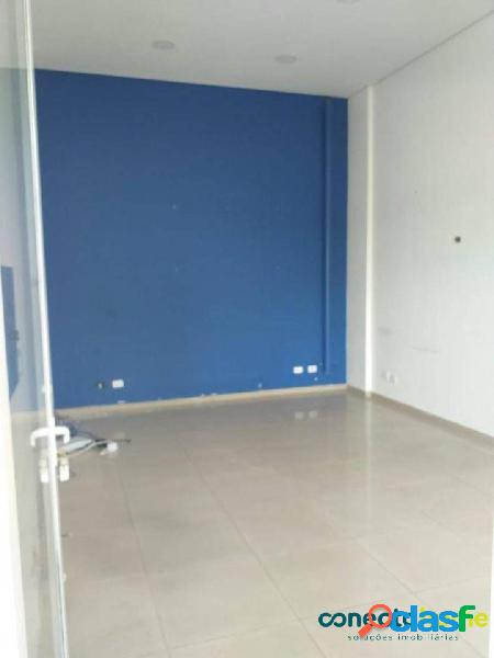 Loja de 21 m² e 1 vaga na saúde
