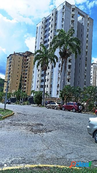 Apartamento en venta en urbanización lomas del este piso 2
