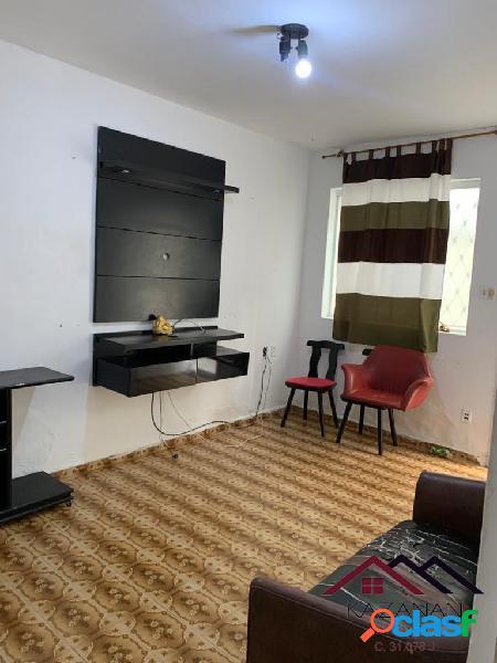 Apartamento 2 dormitórios térreo no embaré em santos