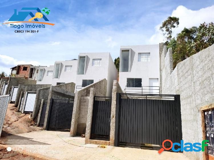 Casa estilo village a venda em terra preta mairiporã