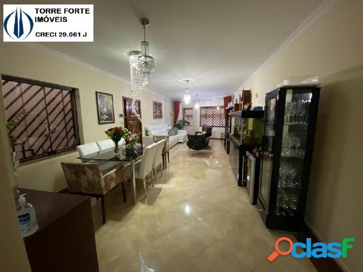 Uma linda casa com 3 dormitórios 3 suites e 5 vagas no metro tatuapé