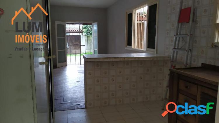 Casa residencial bairro estufa ii - ótima localização 2 quartos