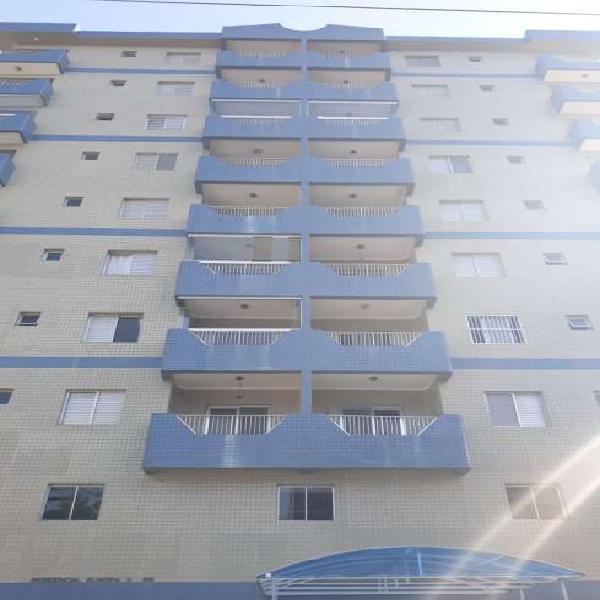 Apartamento no centro de mongaguá a 20m. do mar com linda