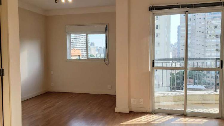 Belo apartamento em excelente condomínio na vila nova
