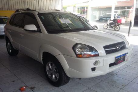 Hyundai-tucson gls 2.0 at
