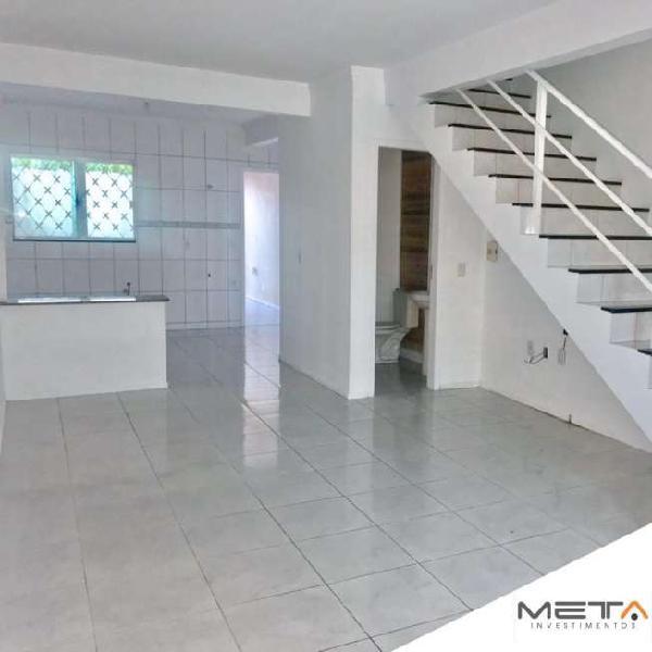 Sobrado para venda com 115 m² com 3 quartos em ariribá -