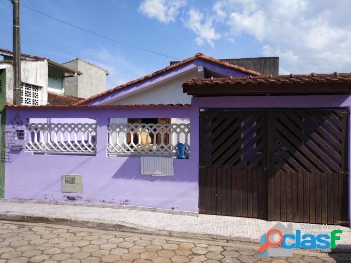 Casa na praia à venda em excelente localização de caraguatatuba sp