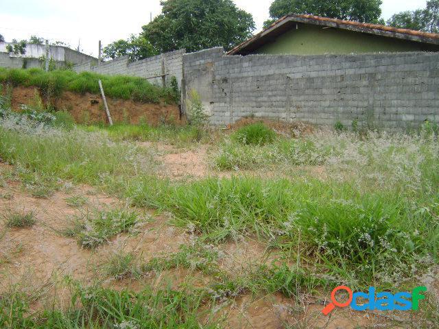Terreno terra preta próximo do asfalto escriturado 286 m²!