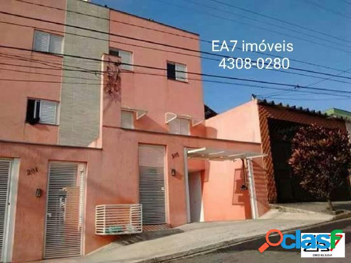 Apartamento de 02 dormitórios à venda no Jardim Alvorada