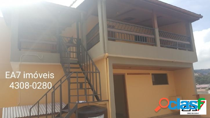 Imóvel com 3 casas e salão comercial à venda no jd. silvina