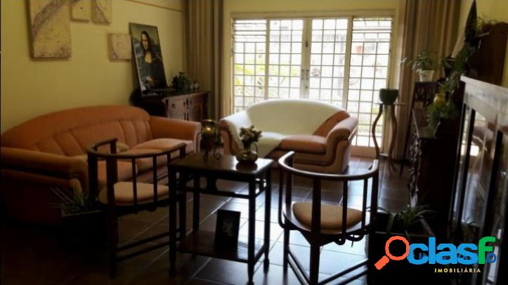 Casa espetacular à venda no Santa Mônica 2